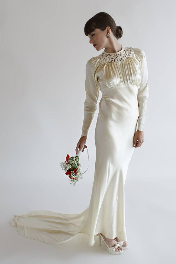 3968cabc307 The 1930s was a time of effortless and understated elegance. A simple silk  or satin bias cut lingerie style wedding dress in white